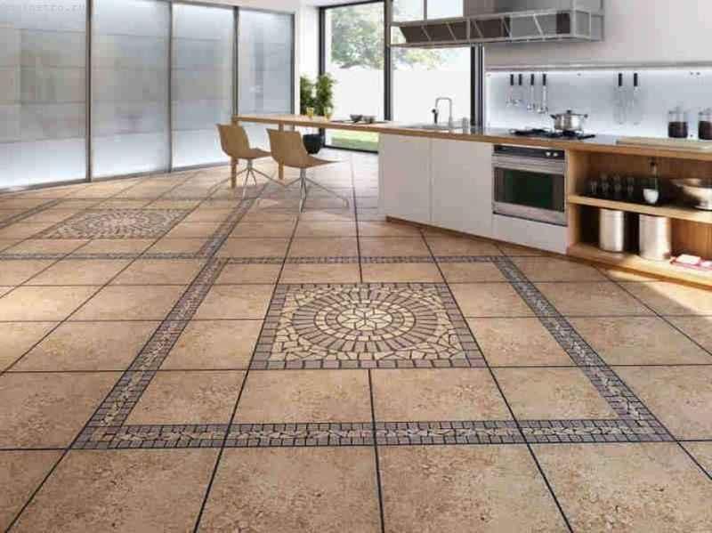 Напольное покрытие из керамической плитки на кухне