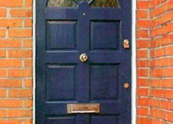 Покраска входных дверей