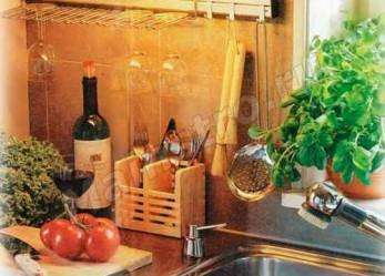 Кухонные принадлежности и аксессуары помогающие в быту