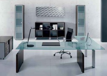 Офисная мебель на заказ для кабинета  руководителя – рабочий стол