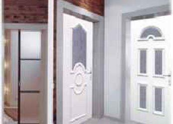 Межкомнатные пластиковые двери: особенности и преимущества