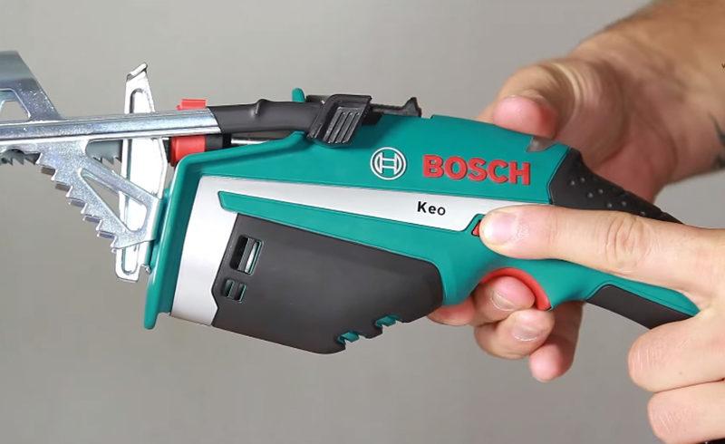 Аккумуляторная сабельная пила Bosch Keo
