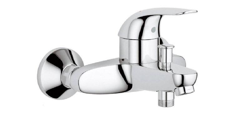 Как установить крепление смесителя к стене в ванной комнате?