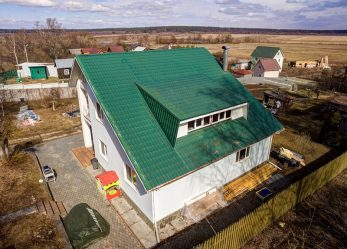 Реконструкция скатной деревянной крыши дома