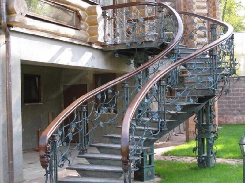 наружная лестница для дома
