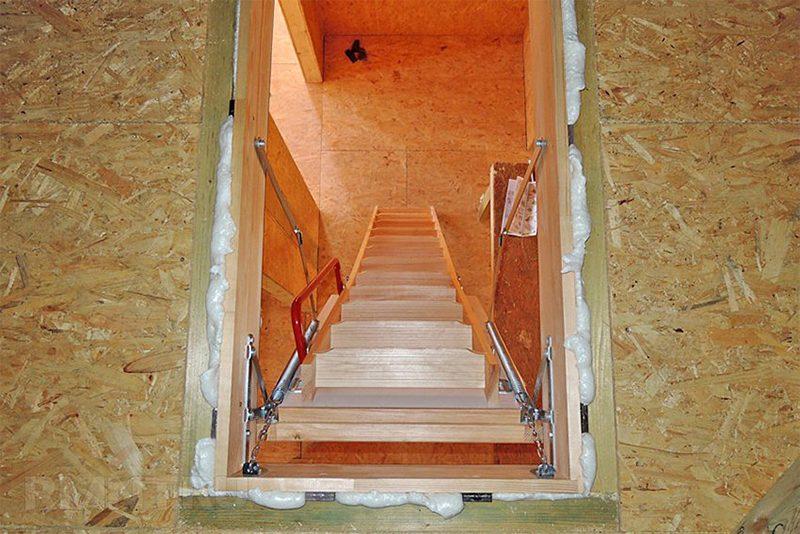 установка чердачной лестницы